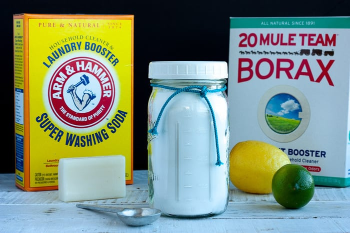 Homemade Laundry Detergent {All-Natural Laundry Soap