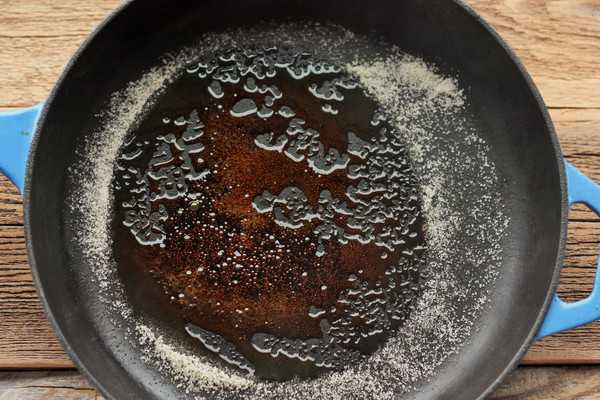 sugar melting in a cast iron skillet