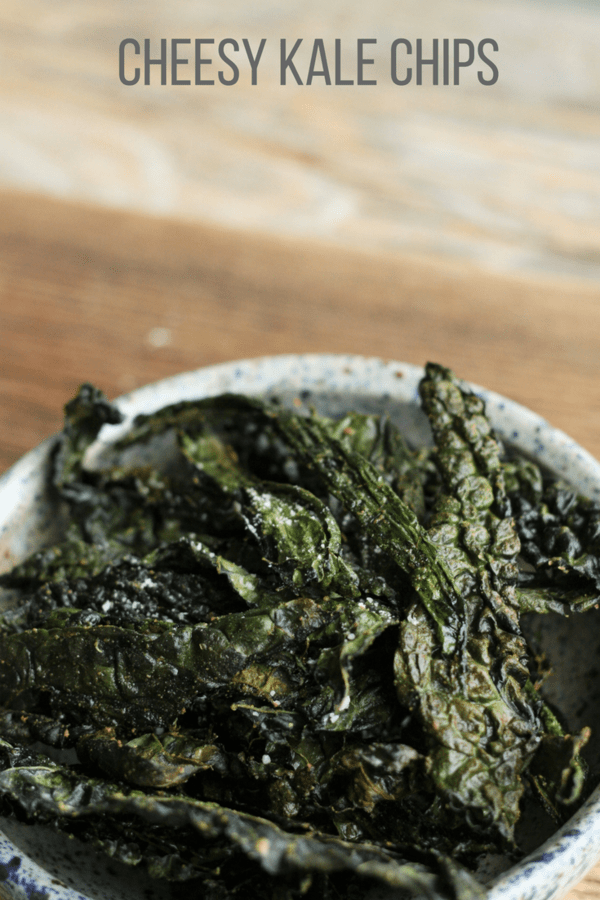Delicious and crunchy cheesy kale chips that everyone will love snacking on. These veggie powerhouse cheesy kale chips will make you a kale lover too.