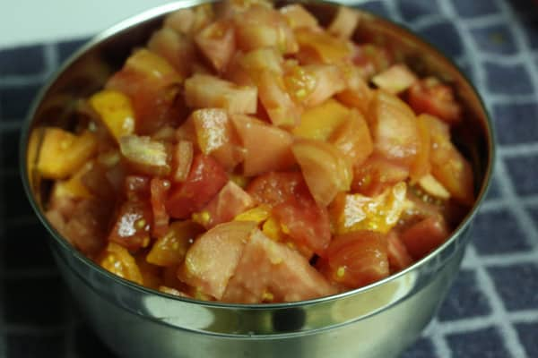 Canning diced tomatoes - Frugal by Choice, Cheap by Necessity