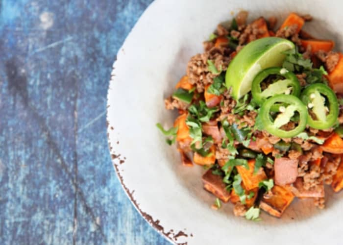 Mexican breakfast hash for whole30 breakfast ideas